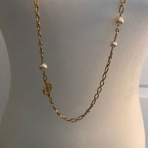 Classic Tory Burch Necklace